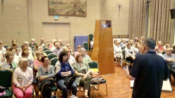 Dr. Miquel Sala conferència Osteoporosi Casino Sport Figuerenc
